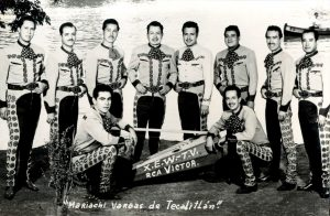 Mariachi Vargas de Tecalitlán standing for a group photo.